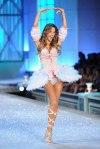 Victorias-Secret-Defiesi-2011-1