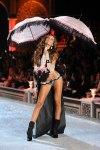 Victorias-Secret-Defiesi-2011-18