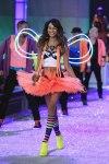 Victorias-Secret-Defiesi-2011-19