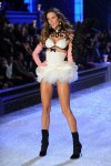 Victorias-Secret-Defiesi-2011-2