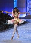 Victorias-Secret-Defiesi-2011-20