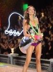 Victorias-Secret-Defiesi-2011-24