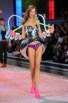 Victorias-Secret-Defiesi-2011-26