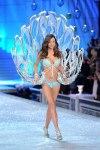 Victorias-Secret-Defiesi-2011-3