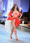 Victorias-Secret-Defiesi-2011-4