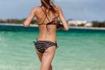 2012-bikini-mayo-22
